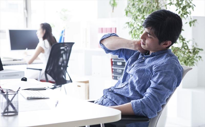 仕事で指をよく使う人は肩こりになりやすい(東大阪 整体 献身堂)