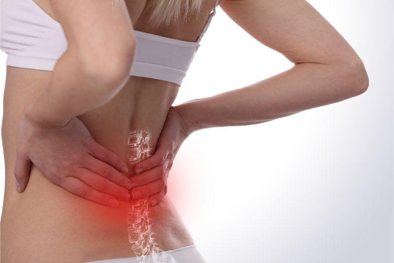 腰や膝に痛みがある人は股関節が硬い (東大阪市 整体 献身堂)